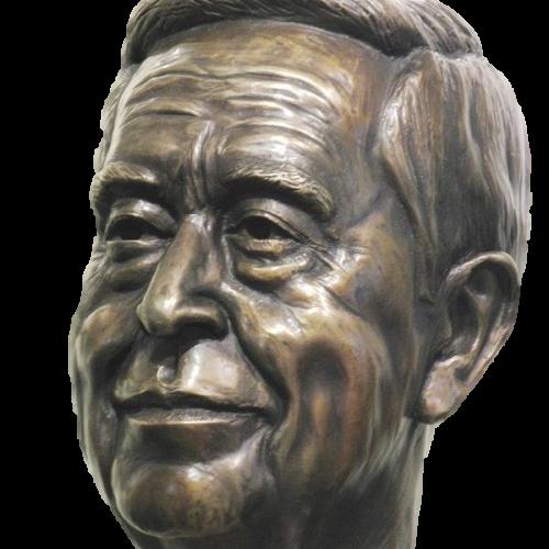 Tom Sculpture